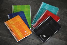 8586 Classic Clairefontaine Wirebound - Ruled 3 x 4 ¾ - Assorted colors